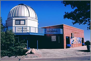 File:Kittpeak visitor center.jpg